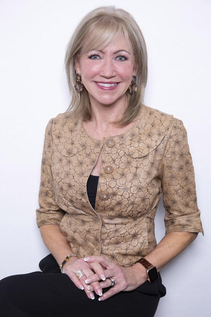 Jennifer Lancenese bio image