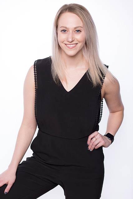 Mackenzie Holmes Bio Photo
